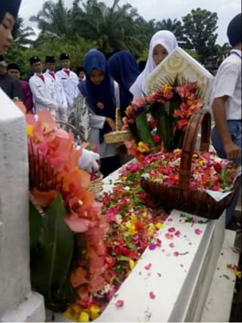 Photo of Tengku Amir Hamzah Catatan 72 Tahun Indonesia Merdeka
